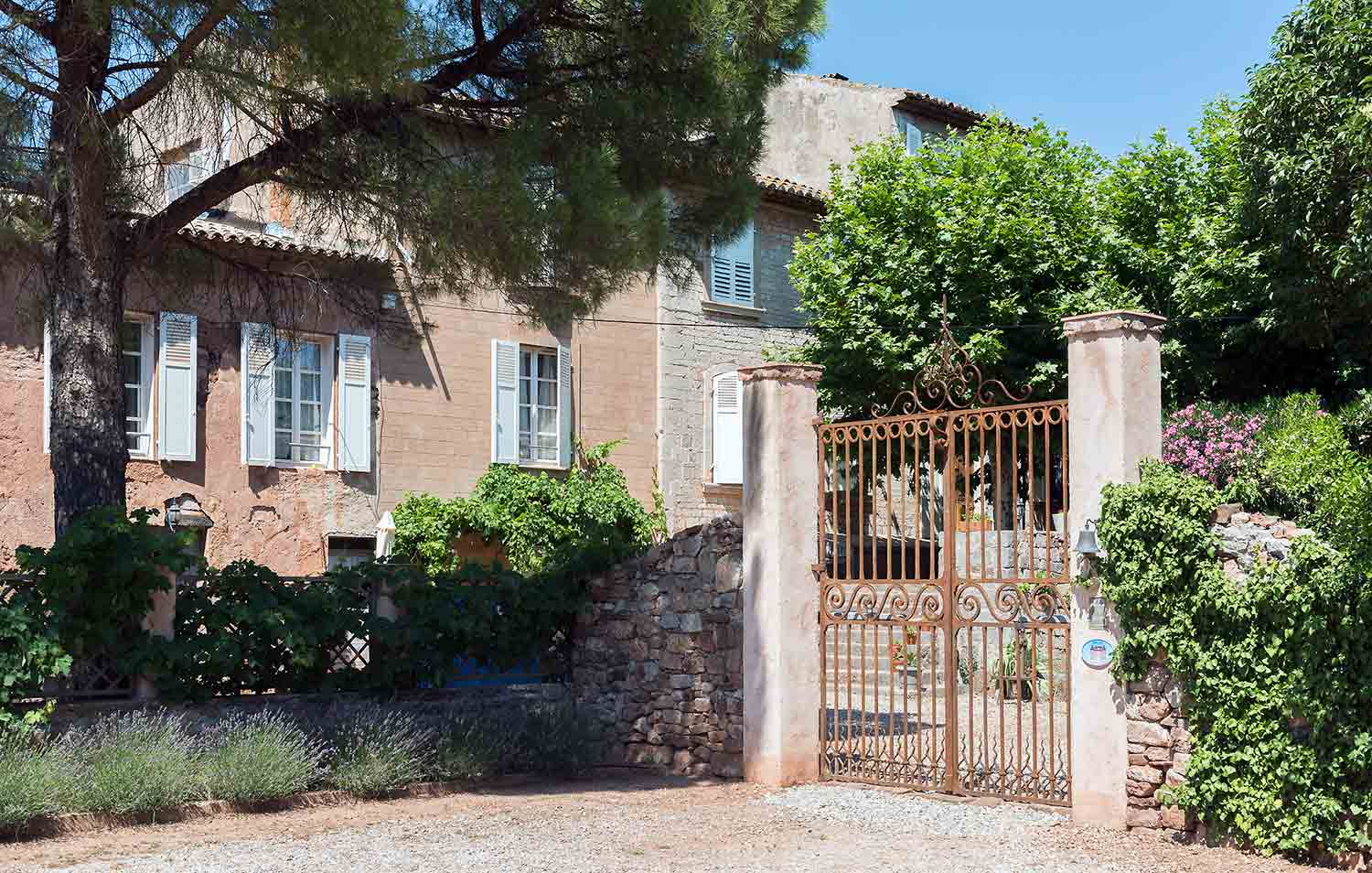 Chambres d 39 hotes var charme piscine chauff e en provence - Chambres d hotes les baux de provence ...